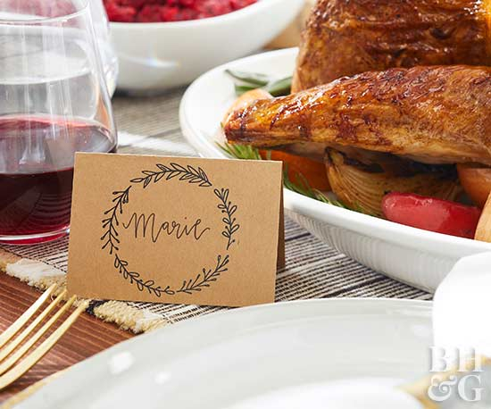 thanksgiving table personalized placeholder