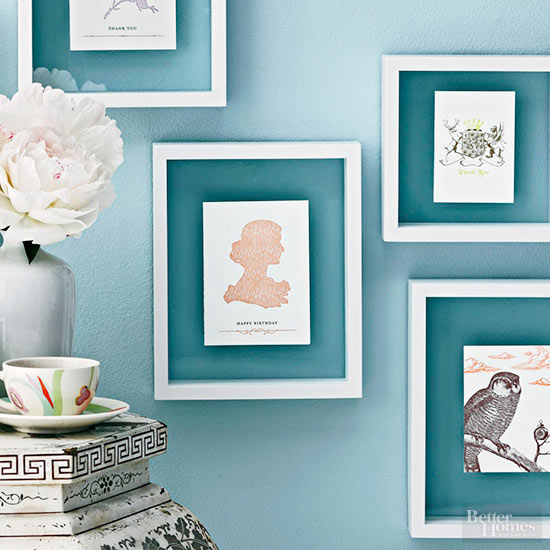 Wall frames with white table
