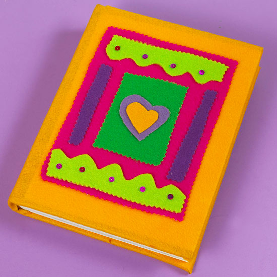 Journal decorated with felt