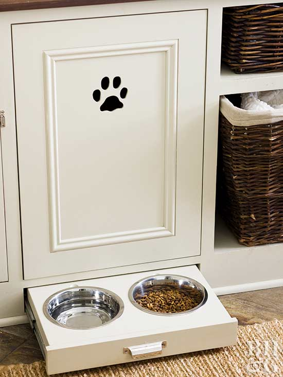 Pet food, pet food storage