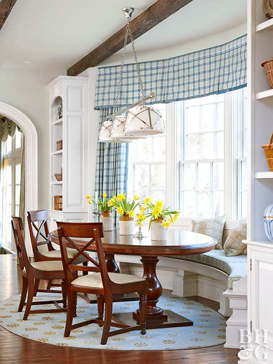 traditional breakfast nook with window seet