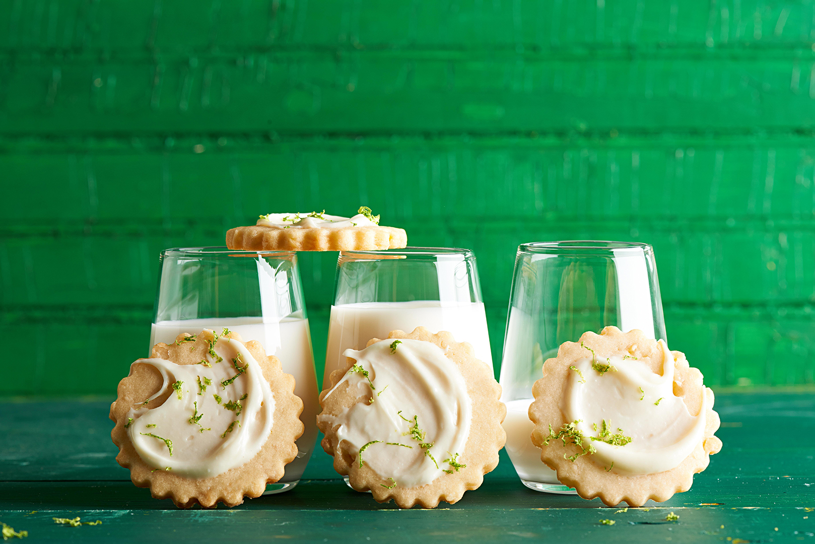 Lime Lights Cookies with glasses of milk