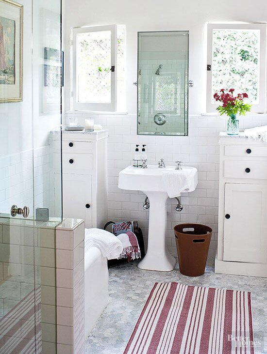 91530b2c798d Brilliant Tips for Making Your Small Bathroom Feel Larger