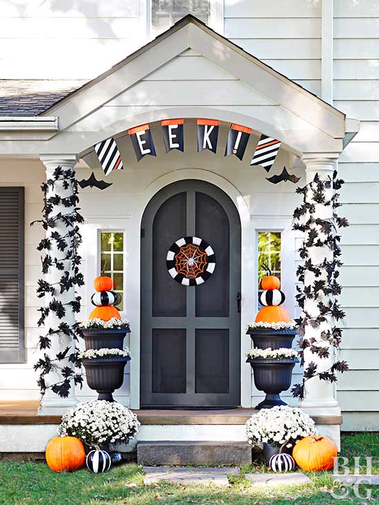 Ease On In, Halloween, decor