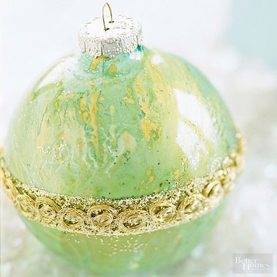 Splattered glass ornament