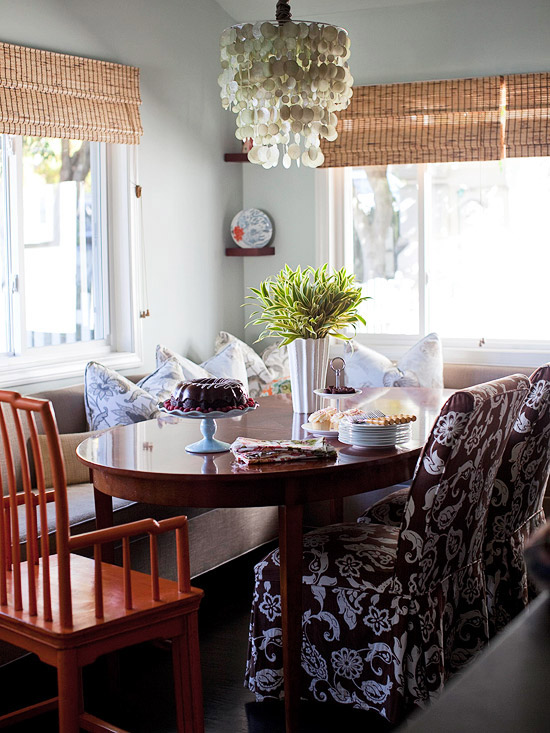 Rich textures and colors Casual dining