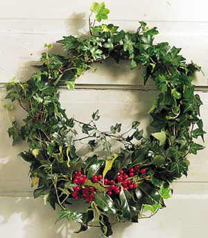 Holly and Ivy Wreath