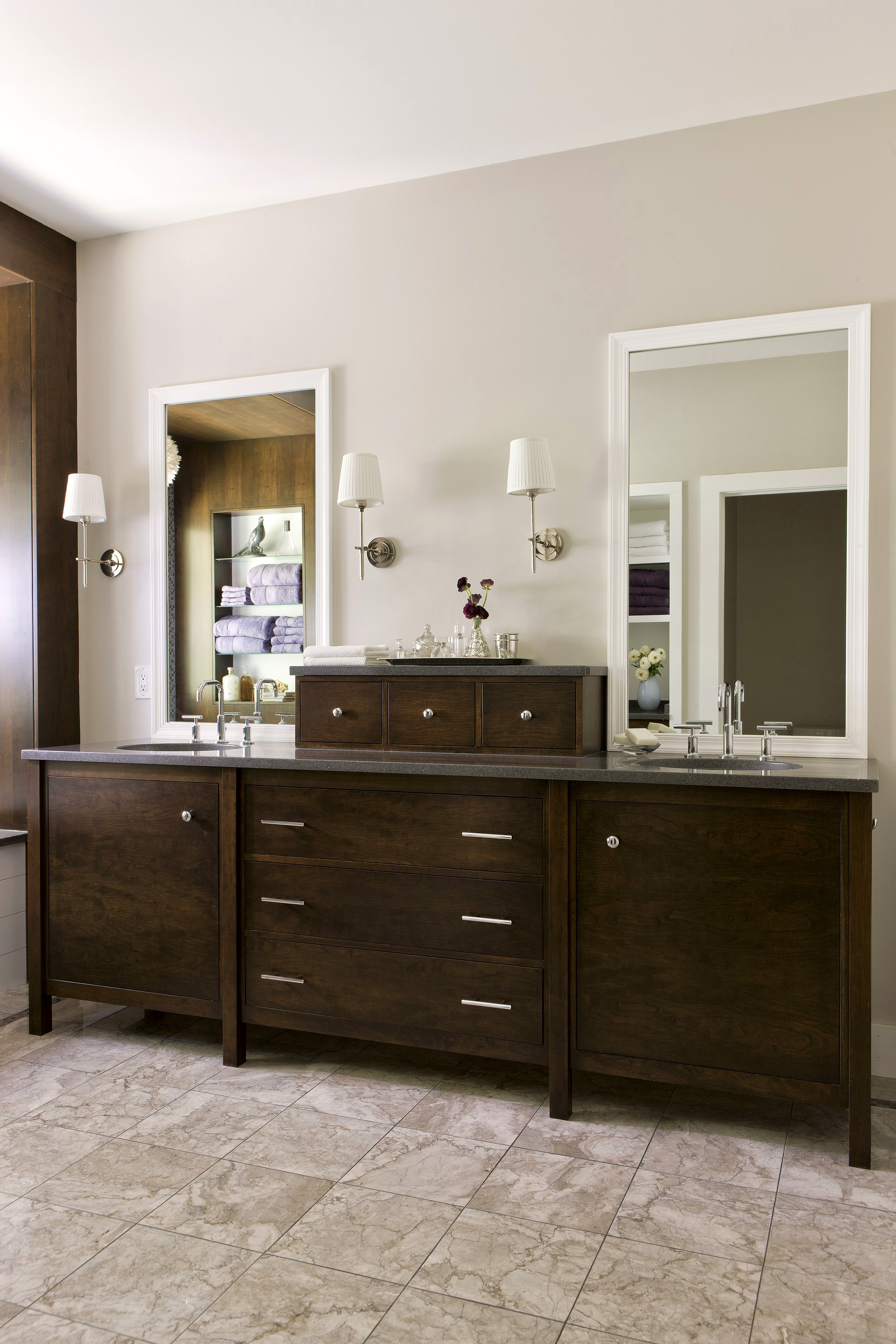 Double Sinks and Storage