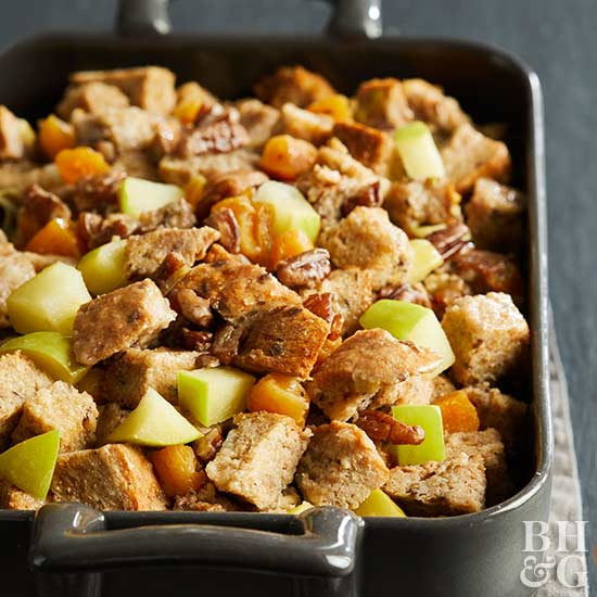 Stuffing, Thanksgiving stuffing, stuffing recipes, sausage and apple stuffing