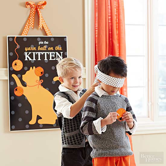 Pin the Yarn Ball on the Kitten