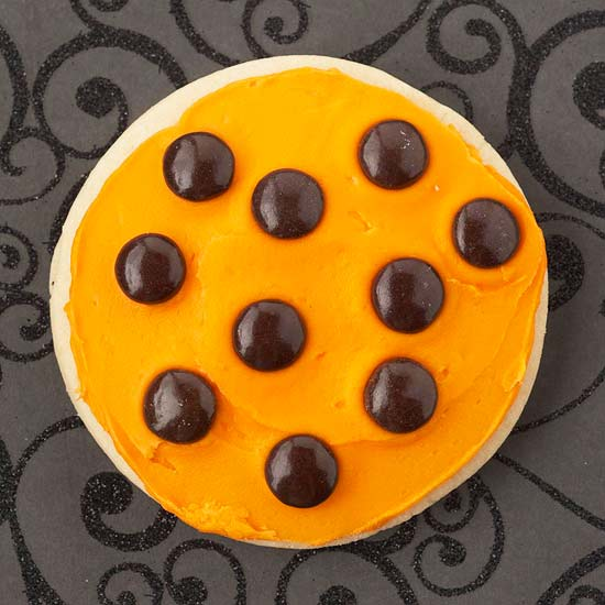 Basic Candy Halloween Cookie