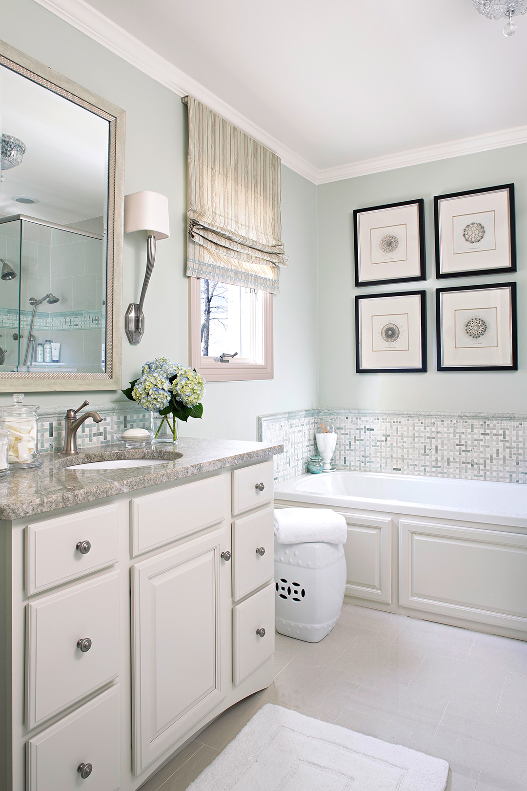 12 Por Bathroom Paint Colors Our Editors Swear By Better