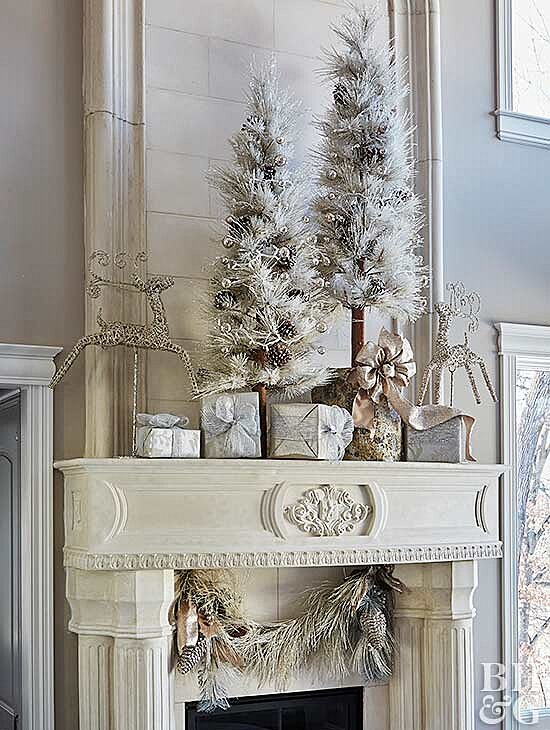 Christmas Mantel Decorations.Make Over Your Mantel For Christmas With These Stunning Ideas