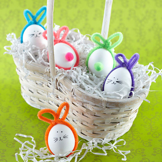 Chenille stem Easter bunny eggs