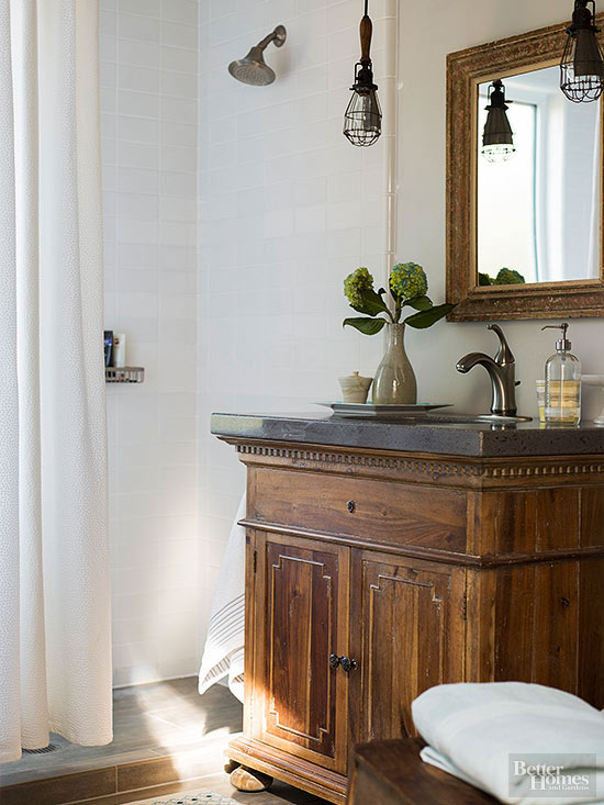 Country Cottage Bath