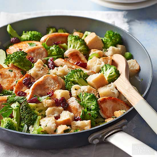 Turkey and Stuffing Skillet