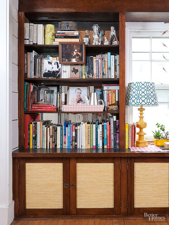 Built-in bookcase with cupboards
