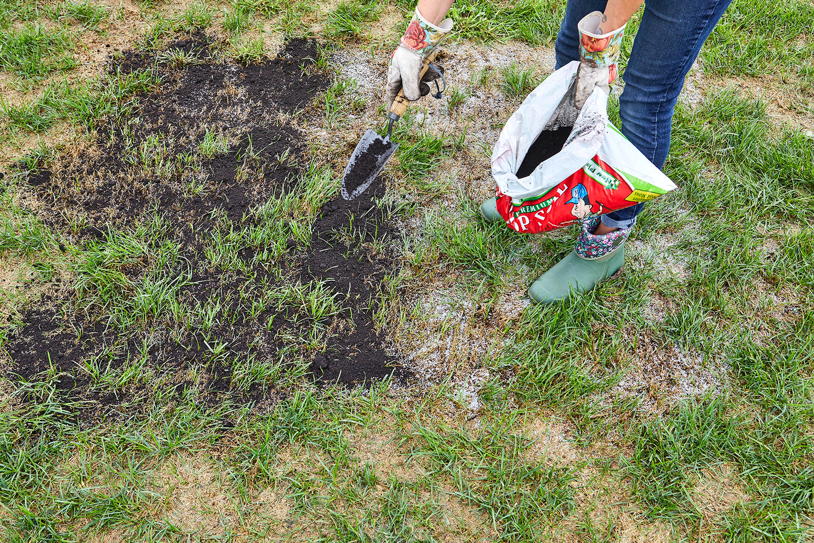 add layer of topsoil above grass seed