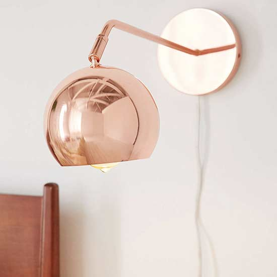 UO sconce