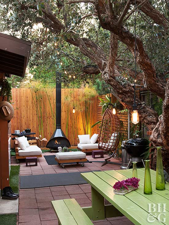 outdoor fireplacce and lounge