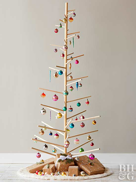 holiday dowel tree with ornaments
