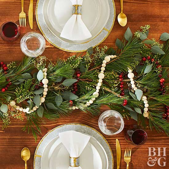 Our Best Ideas For Christmas Table Decorating