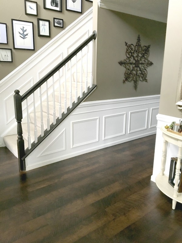 Pergo wainscoting foyer reveal by snazzylittlethings.com