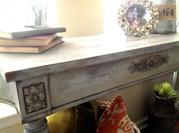 victorian table chalk paint snazzylittlethings