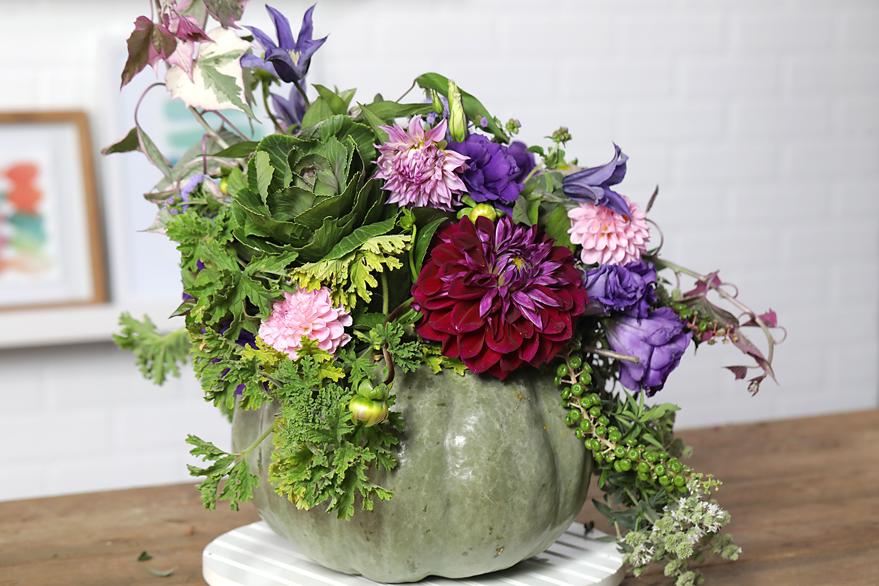 Easy Fall And Halloween Flower Arrangements Better Homes Gardens