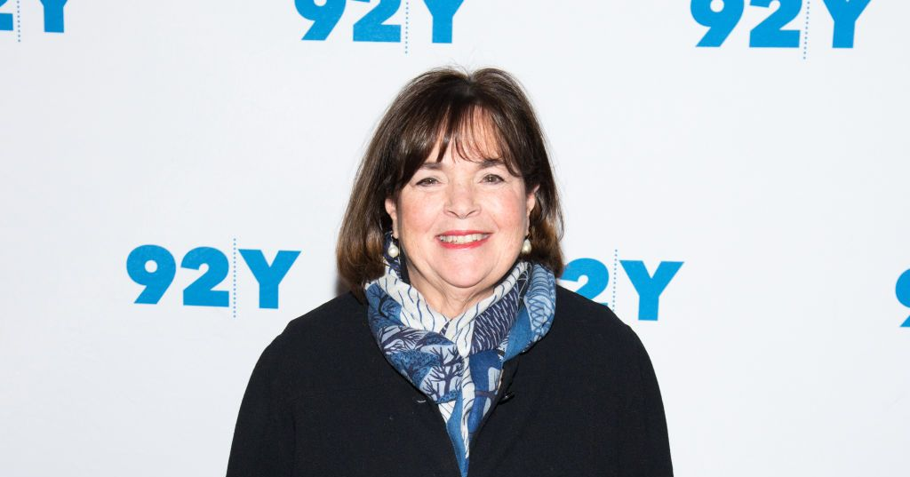 Ina Garten in front of 92nd Street Y sign
