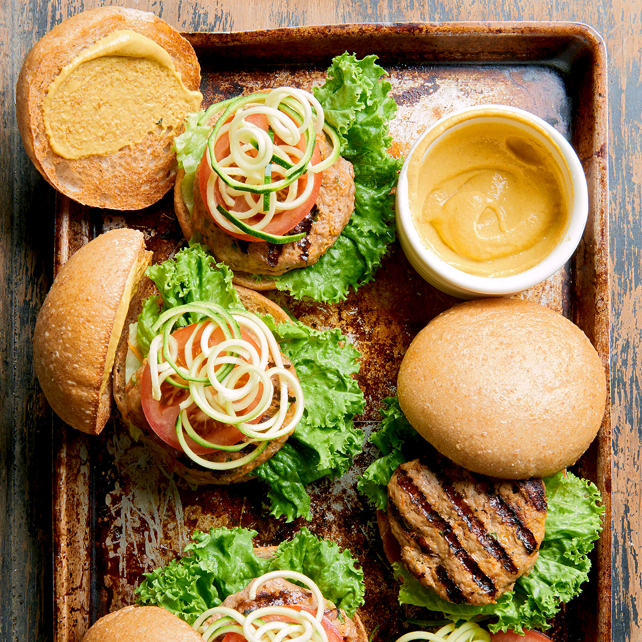 veggie-and-turkey burgers with toppings