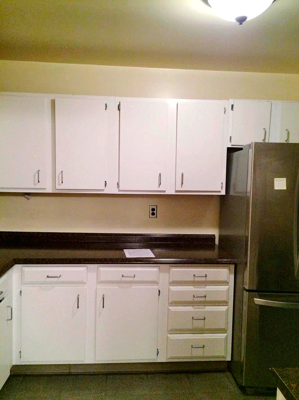before shot of outdated kitchen