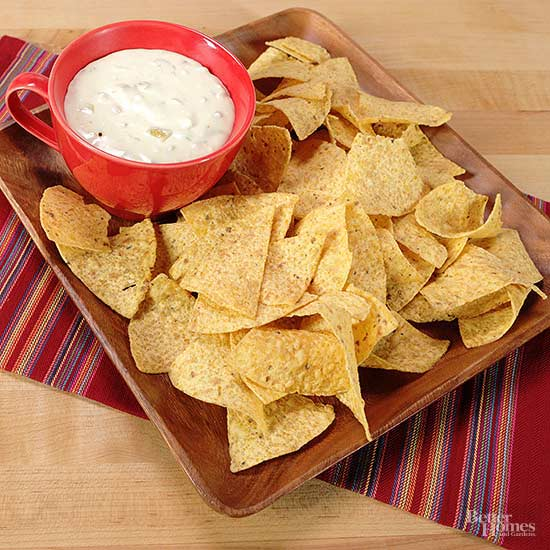 Restaurant-Style White Queso