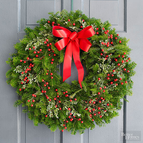 Classsic Holiday Wreath