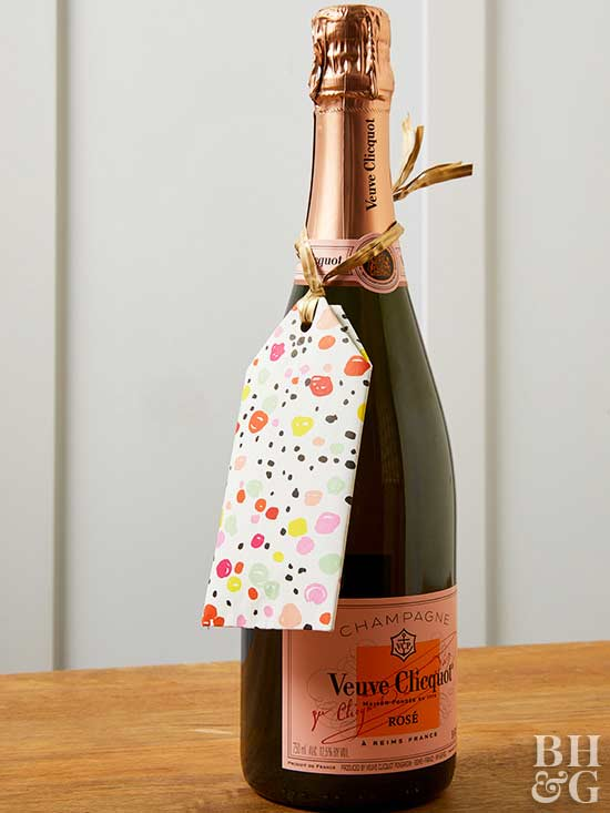 wine with gift tag, wine, gift