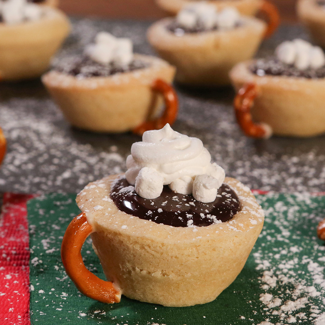 Hot Chocolate Cookie Cups treats