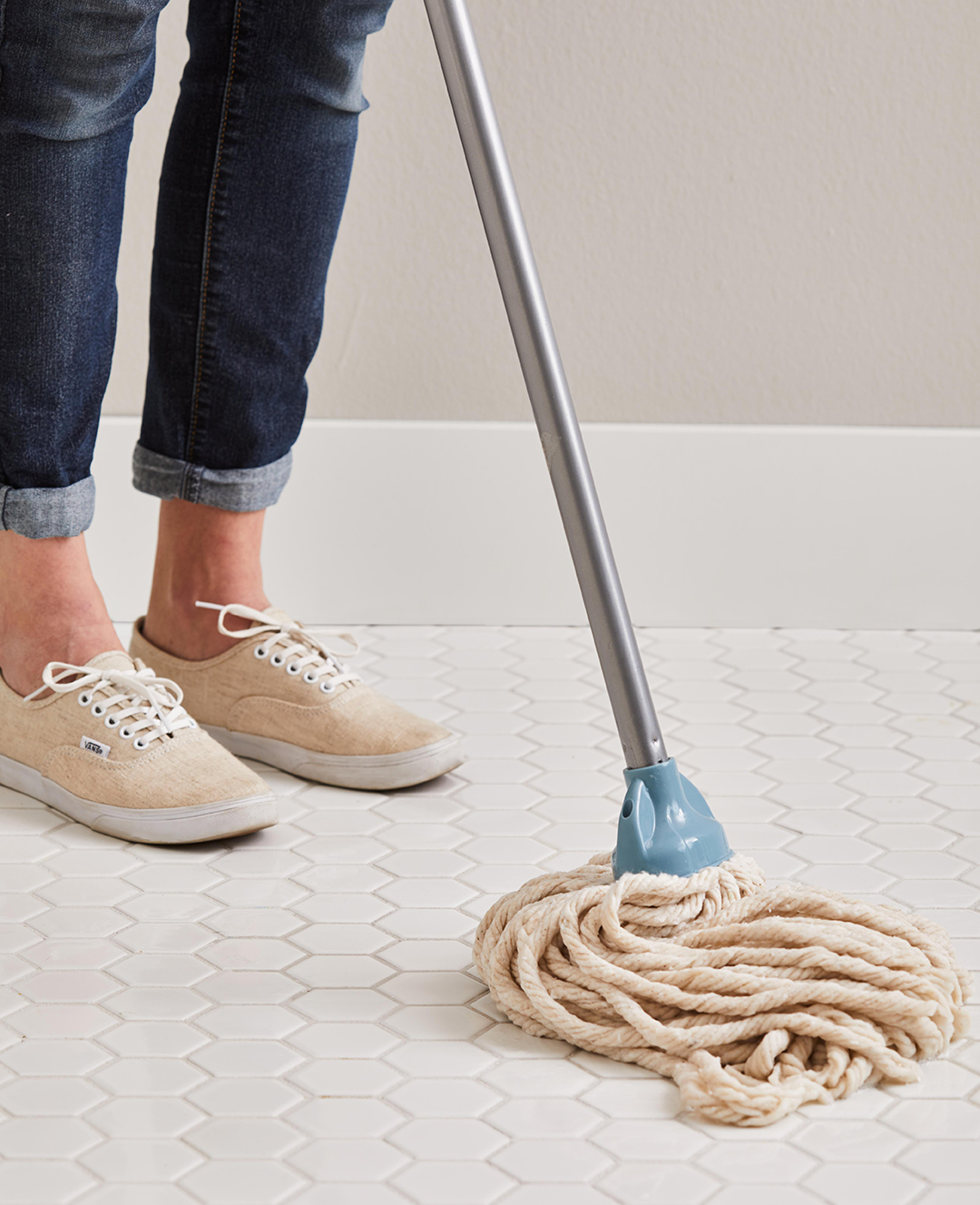 using string mop on tile floor