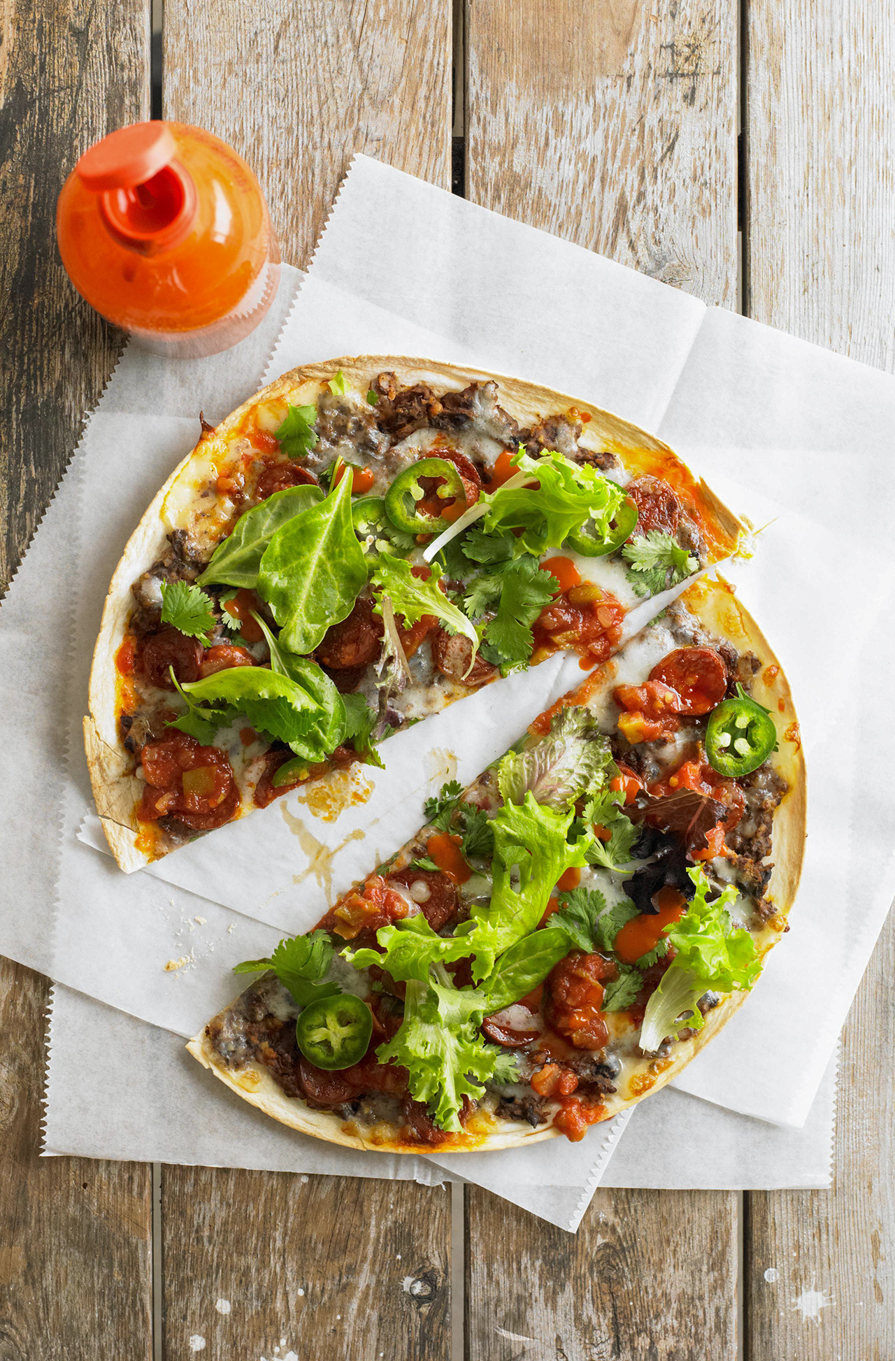 Tlayuda con Chorizo (Mexican Pizza with Chorizo)
