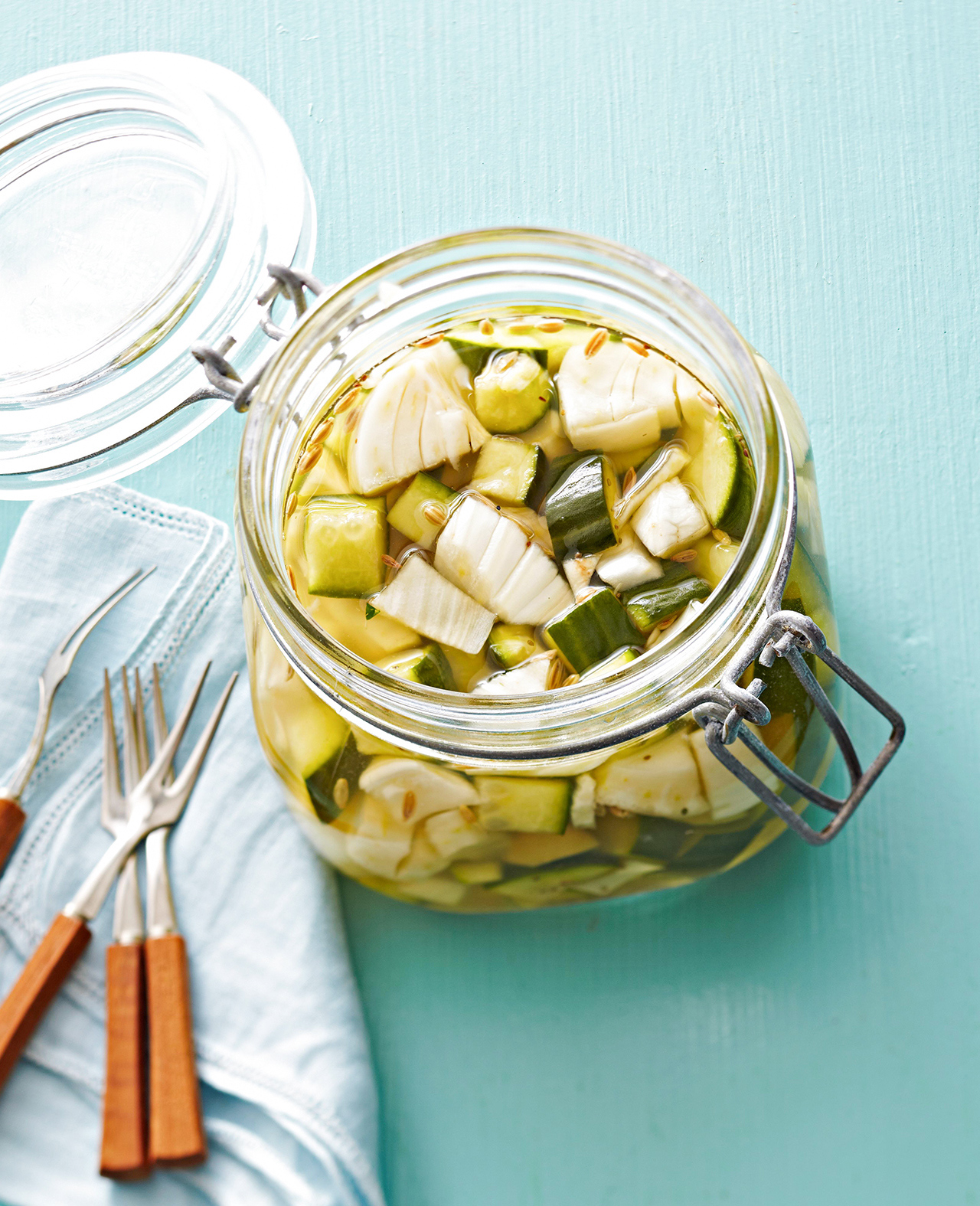 Overnight Cucumber Pickles
