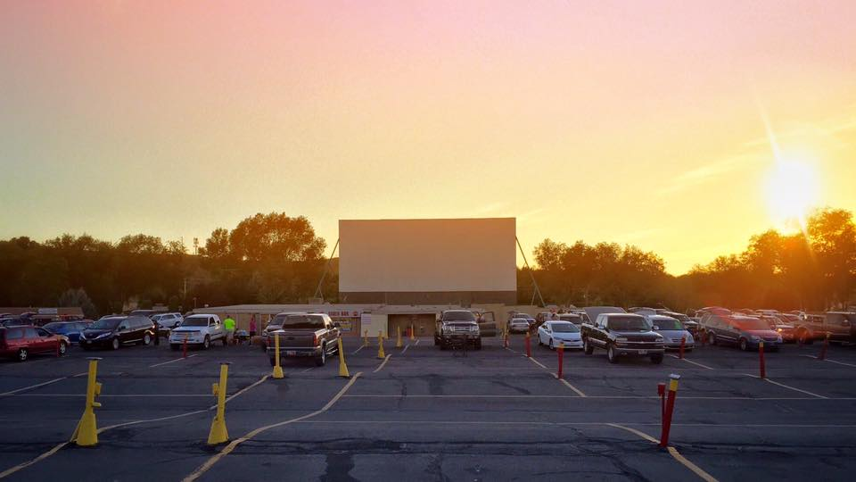 motor vu drive-in theater