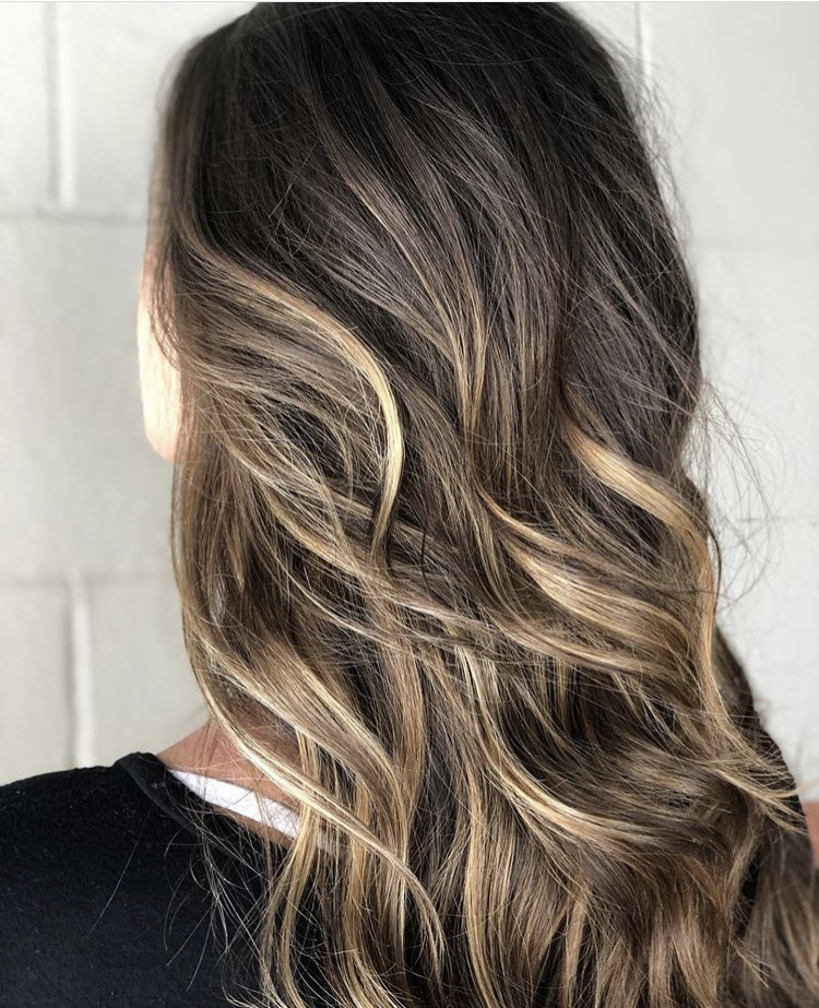 carmel highlighted hair, wavy