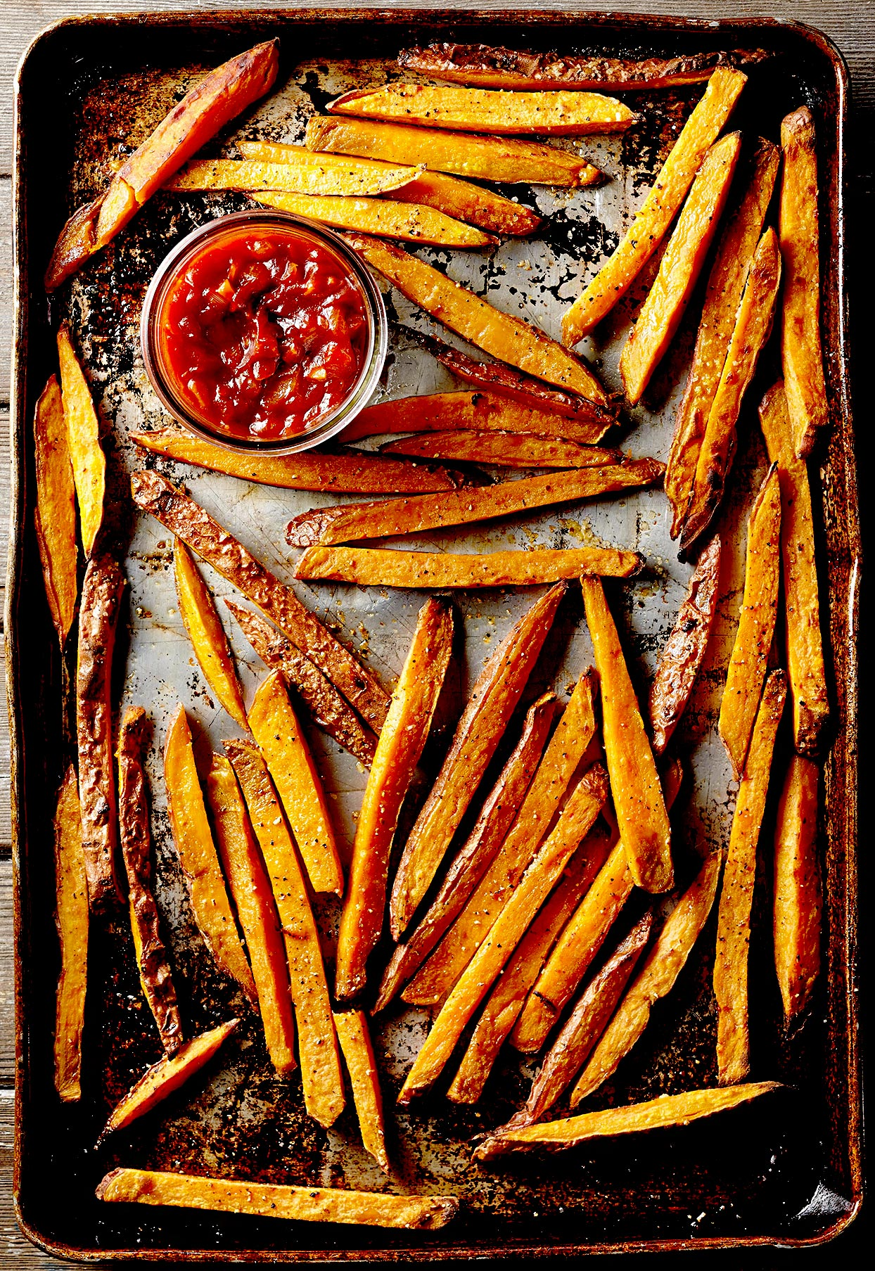Sweet Potato Fries with Roasted Garlic Ketchup