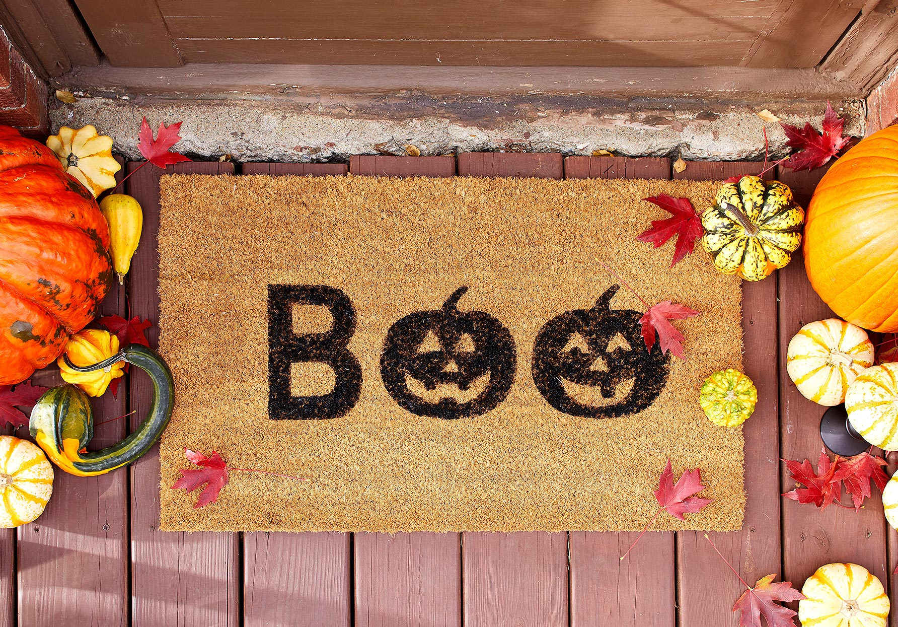 diy doormat with boo stenciled letters