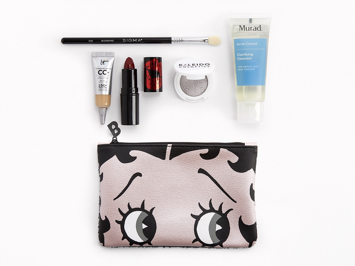 ipsy makeup bag and products
