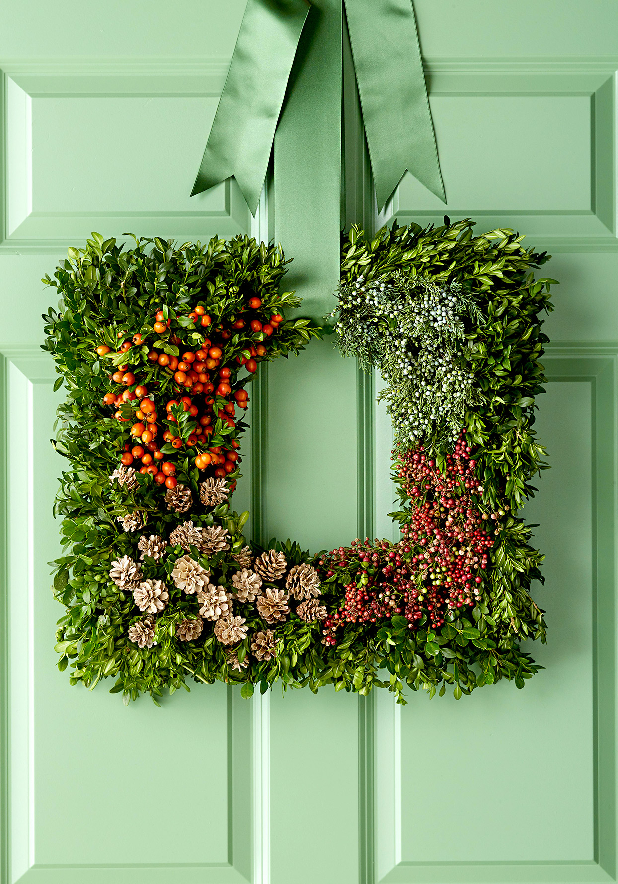 Square wreath with plants and berries
