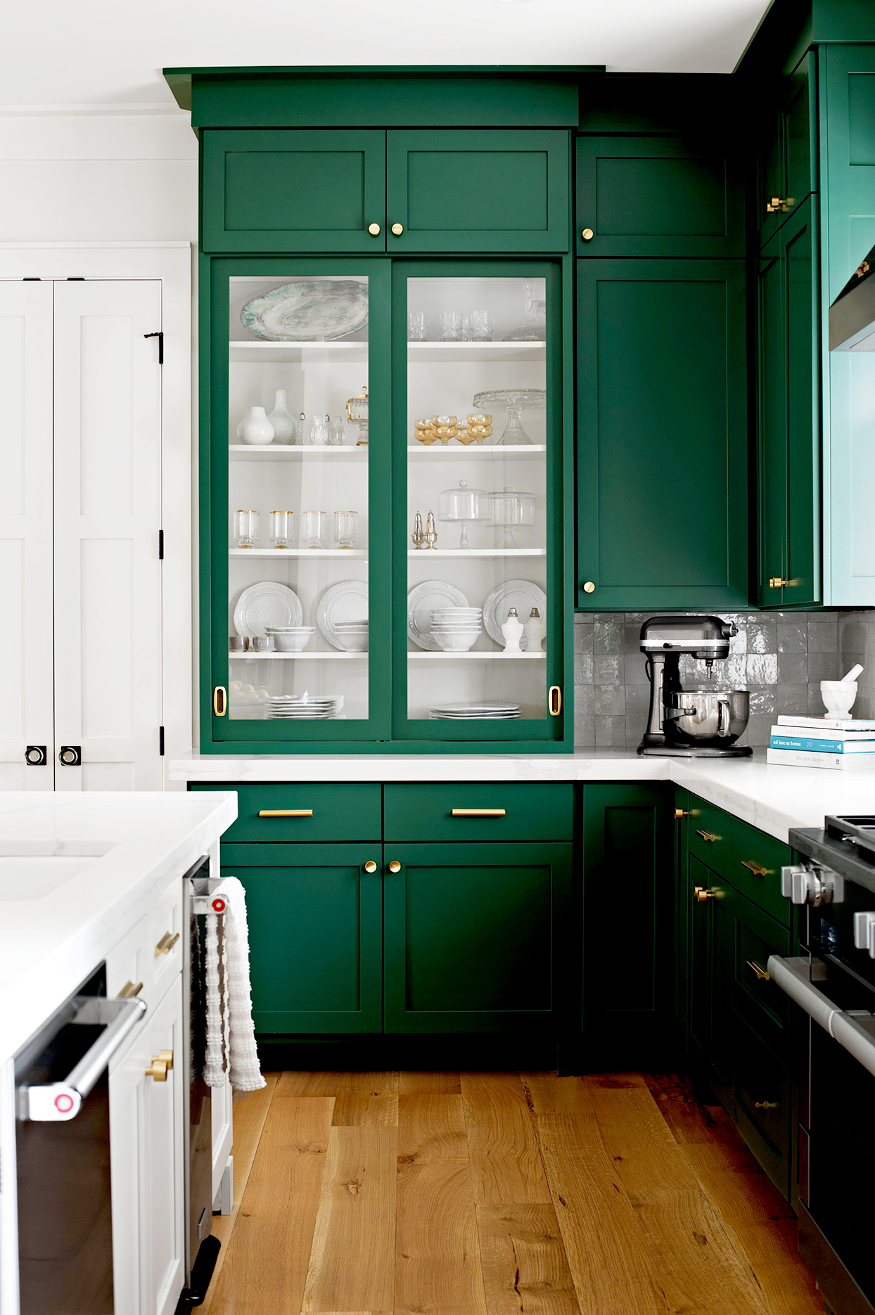 Kitchen cabinets in  Tarrytown Green by Benjamin Moore.
