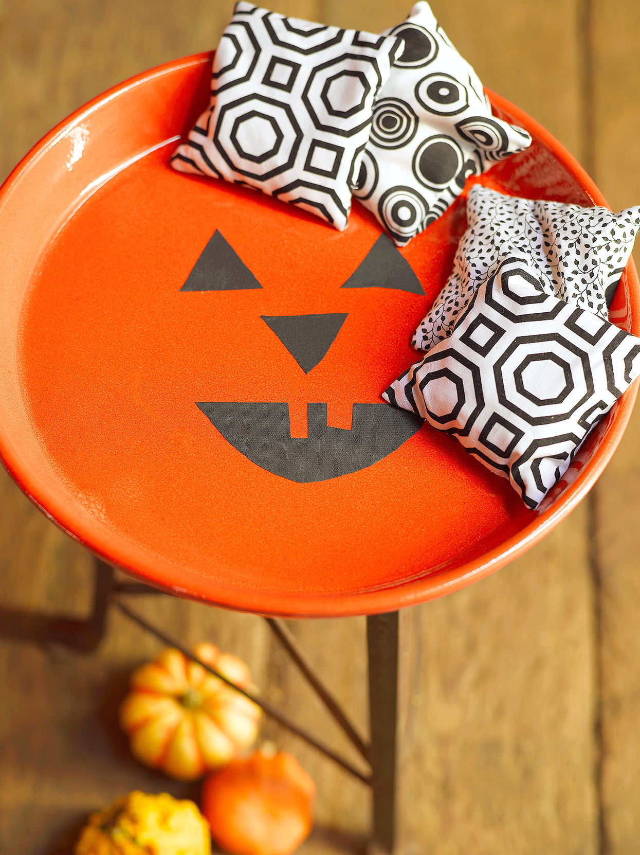 Halloween bags cornhole party game