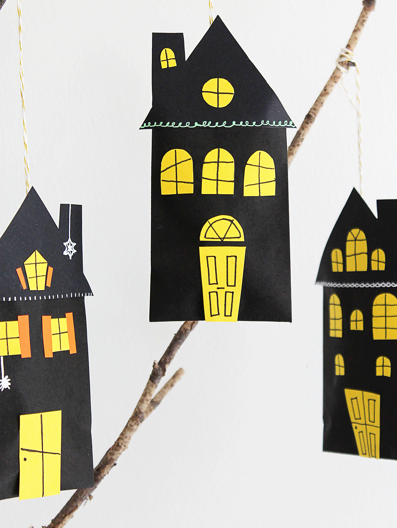 hanging haunted house favor bags