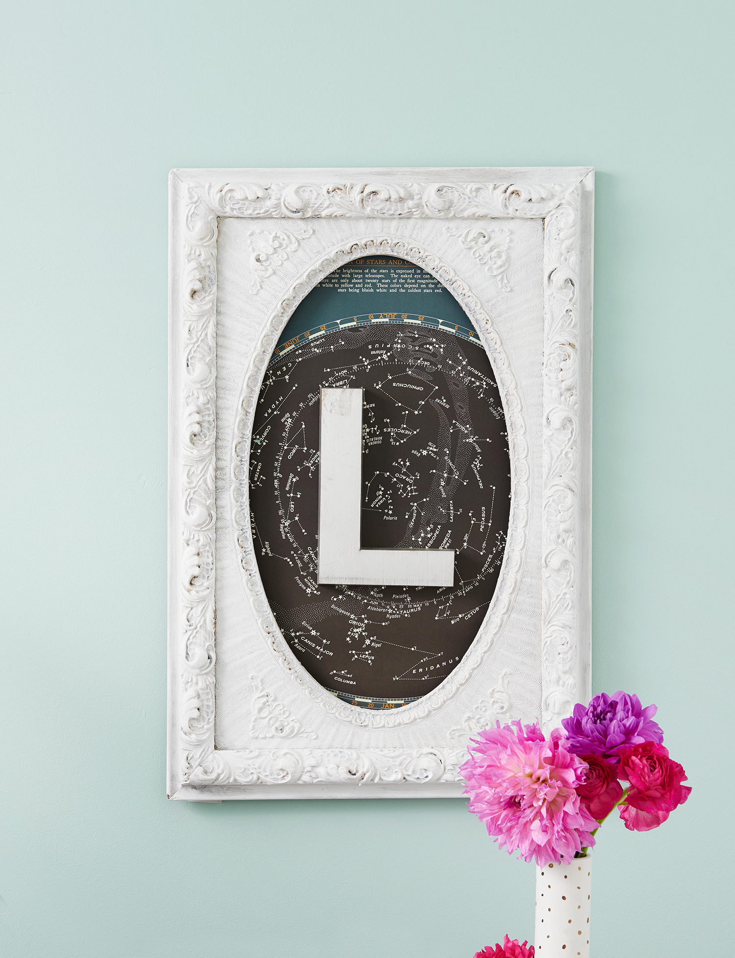 white frame with L