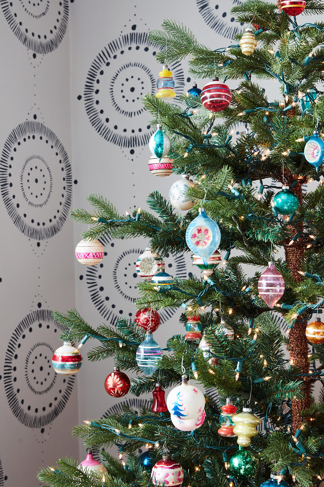 These Nostalgic Vintage Ceramic Christmas Trees Are Making a